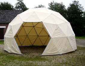 Dome_tent_02